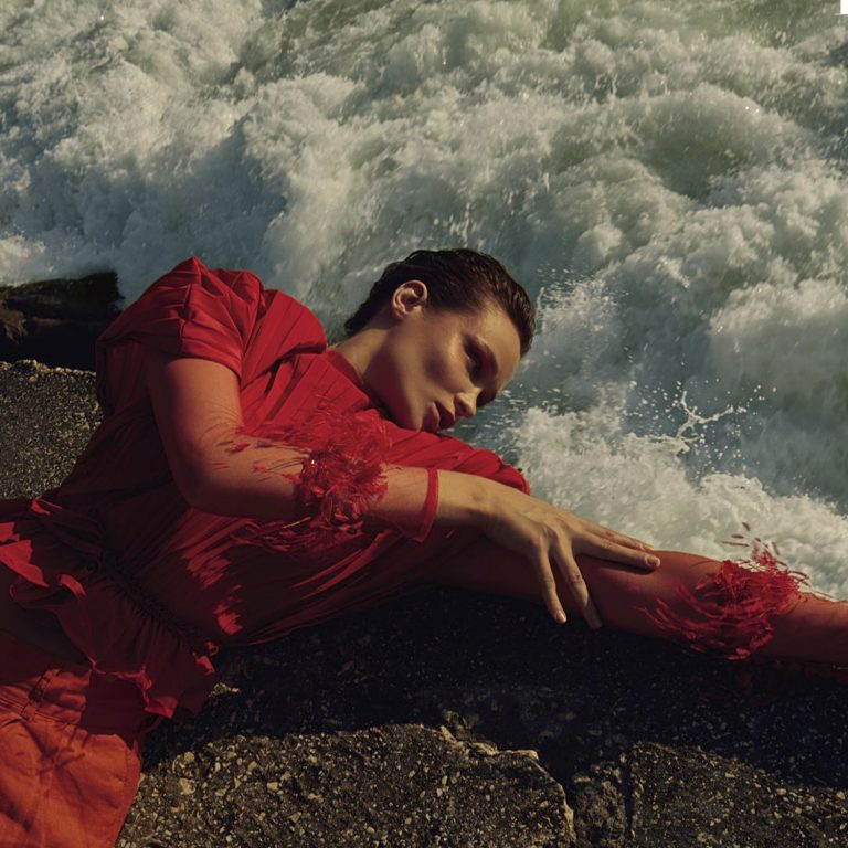 l'officiel australia red dress